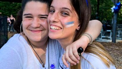 Campers wearing headbands with the Israeli flag.
