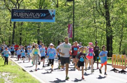 People running the Rubin Run.